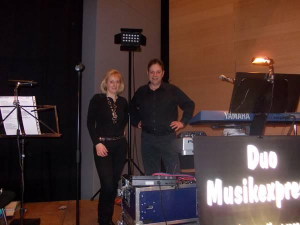 Demos vom Duo Musikexpress bei einer Fasnachtsveranstaltung im Kreis Sigmaringen 2016