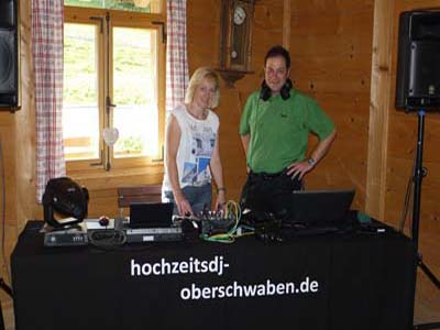 Duo Musikexpress Hochzeitsband Ulm Neu-Ulm Liveband und DJ der Spitzenklasse